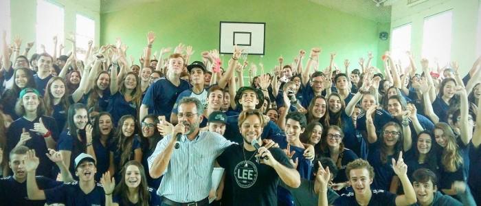 Pauê realiza palestra para jovens